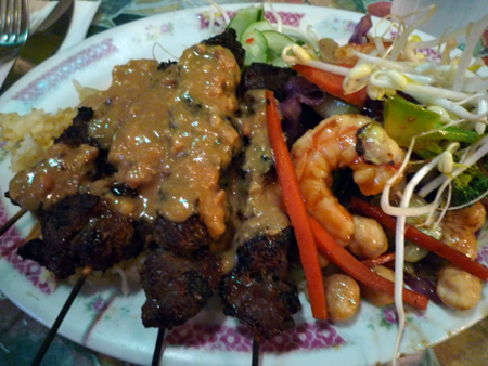 Macadamia shrimp and beer sate combo